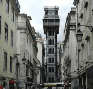 Aussichtsturm Torre Vasco da Gama